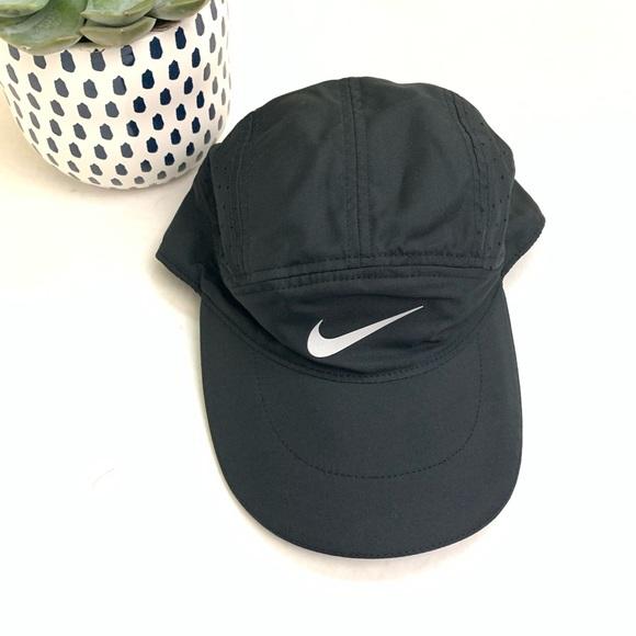 794daf9f8d5 Nike Tailwind Hat 287. M 5c103f3a8ad2f91c550c428a